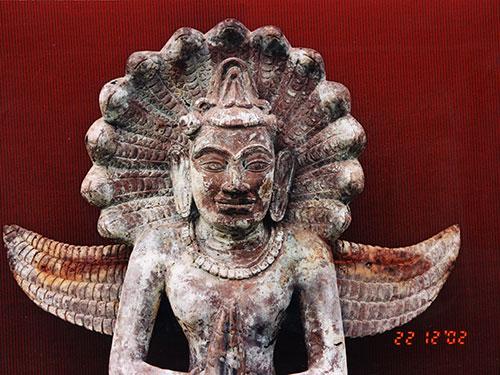Những hiện vật quý hiếm trong bộ sưu tập của nhà sưu tầm cổ vật người Nhật Shoichiro Wada (ảnh do Bộ môn Khảo cổ học Đại học Quốc gia TP HCM cung cấp)