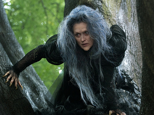 Meryl Streep với tạo hình mụ phù thủy trong phim sắp công chiếu Into the Woods Nguồn: Walt Disney
