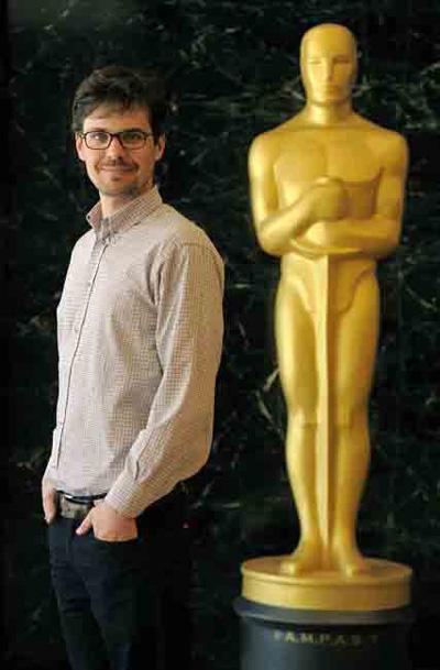 Nhà làm phim trẻ người Đức Peter Baumann nhận giải. Nguồn: AMPAS
