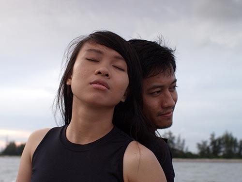 Diễn viên Quỳnh Hoa và Quý Bình trong phim Nước - Năm 2030