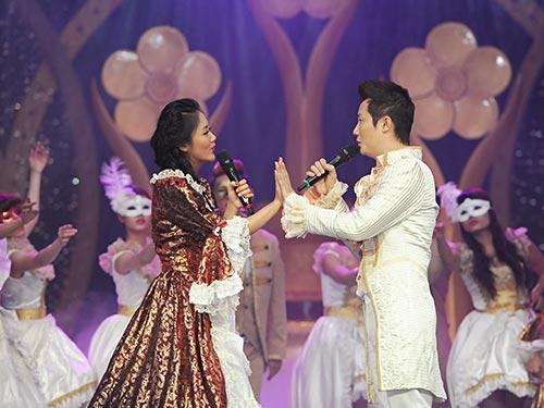 Trích đoạn vở nhạc kịch Romeo và Juliet do Hoàng Bách và Văn Mai Hương cùng nhóm múa ABC trình diễn là một trong những tiết mục từng gây ấn tượng trong lễ trao Giải Mai Vàng 2012 Ảnh: LÝ VÕ PHÚ HƯNG