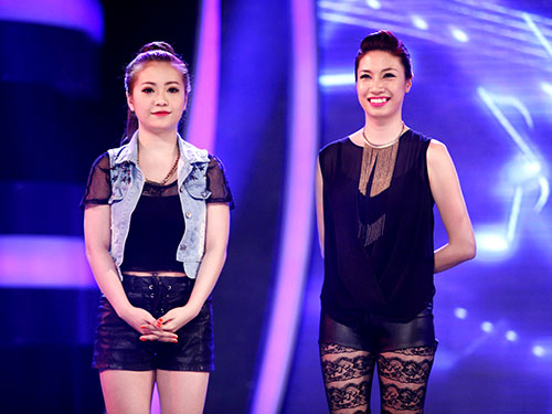 Ca sĩ Pha Lê (phải) là thí sinh của chương trình Nhân tố bí ẩn. (Ảnh do chương trình cung cấp)