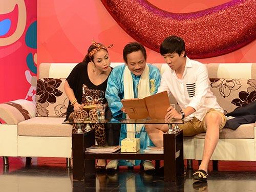 Trấn Thành trong chương trình Tài - Tiếu -Tuyệt trên HTV2 được báo chí dự đoán có khả năng cạnh tranh  Giải Mai Vàng 2013 hạng mục Diễn viên hài với Hoài Linh. (Ảnh do chương trình cung cấp)