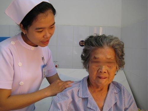 Bà T.N khi đã hồi phục tại Bệnh viện Vạn Hạnh  ảnh: V.H