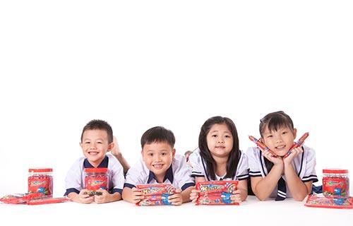 Xúc xích giàu dinh dưỡng được trẻ em yêu thích. (Ảnh do AFF cung cấp)