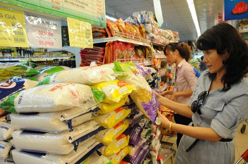 CPI tháng 3 âm do sức mua thị trường yếu Ảnh: HỒNG THÚY