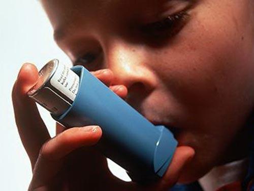 Trẻ nhiễm phthalate trong bụng mẹ có thể bắt đầu mắc bệnh suyễn từ 5 đến 11 tuổiẢnh: The Telegraph