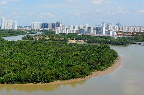 Khu đô thị Phú Mỹ Hưng hòa mình giữa thiên nhiên với những mảng xanh và những dòng sông cảnh quan