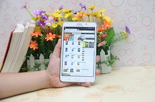 Đặt trước Galaxy Tab S, nhận bộ quà 3 triệu đồng