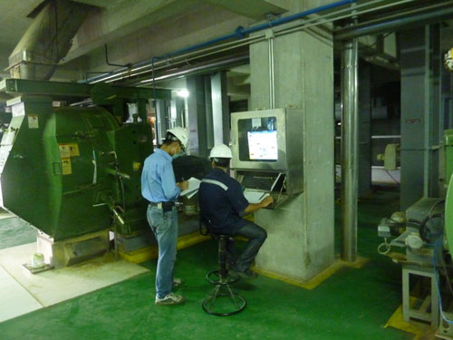 Sản xuất thức ăn chăn nuôi với thiết bị hiện đại