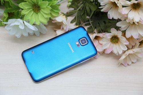 Galaxy S5 giá giảm còn 12,99 triệu đồng
