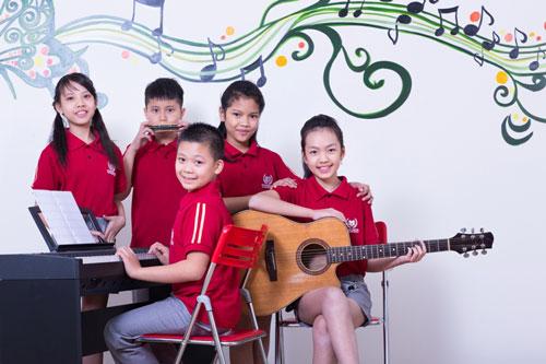 Trường Phổ thông Liên cấp Vinschool vừa triển khai chương trình phát triển năng khiếu các lĩnh vực khoa học tự nhiên, ngoại ngữ xã hội, nghệ thuật, thể thao