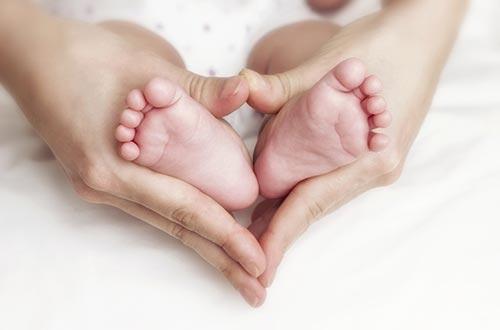 """Với sản phẩm """"Mẹ và Bé"""" của Techcombank, các gia đình trẻ yên tâm chào đón """"thiên thần bé nhỏ"""""""