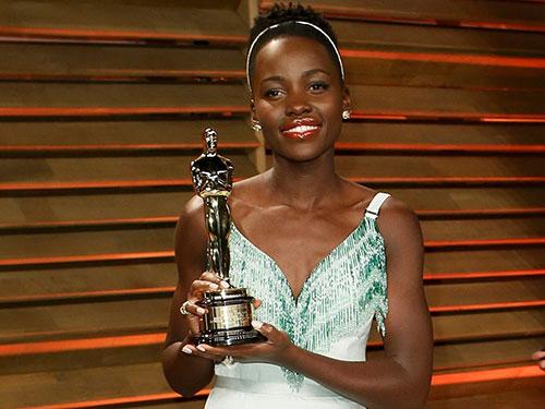 Lupita Nyong'o đoạt giải Oscar 2014 Nguồn: REUTERS