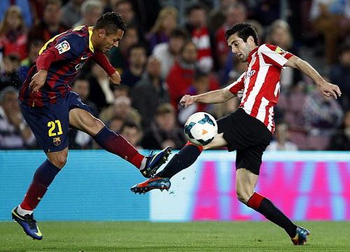 Bilbao gây khá nhiều khó khăn cho chủ nhà Barcelona