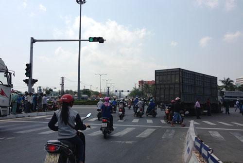 Vòng xoay Lê Văn Hiến - Hồ Xuân Hương là điểm đen thường xuyên xảy ra tai nạn giao thông