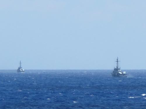 2 tàu tên lửa tấn công nhanh của Trung Quốc xuất hiện gần biên đội tàu thực thi pháp luật của Việt Nam trong chiều 15-7