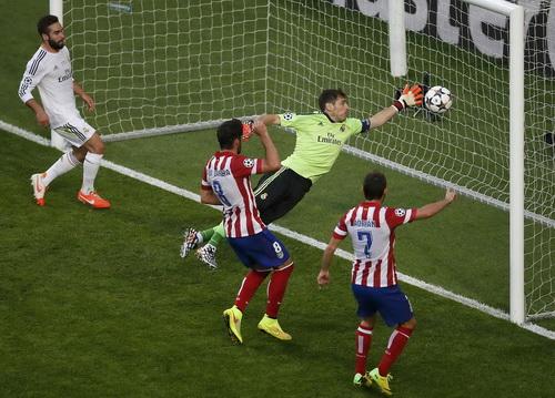 Sai lầm của Iker Casillas