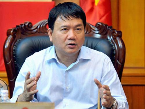 Bộ trưởng Đinh La Thăng nêu rõ công việc của thanh tra giao thông không cần thiết tới các công cụ hỗ trợ như súng, dùi cui điện...