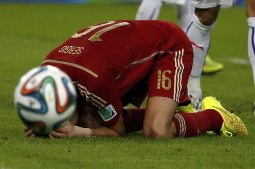 Thất vọng Busquet -cũng là hình ảnh của Tây Ban Nha tại giải lần này