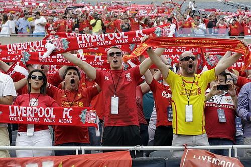Hơn 3 vạn khán giả đến sân Chicago cổ vũ cho Liverpool