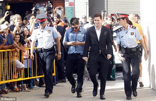 Người hâm mộ quan tâm đến số phận của Messi