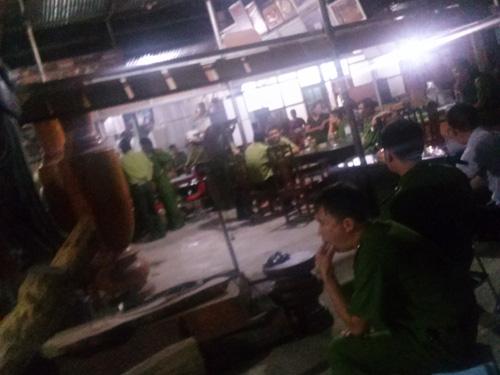 Hàng trăm cảnh sát đã được huy động trong vụ bắt giữ, khám xét trùm buôn gỗ khét tiếng tại tỉnh Bắc Ninh
