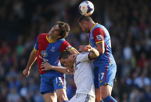 Chelsea lép vế trước sức tấn công mãnh liệt của Crystal Palace