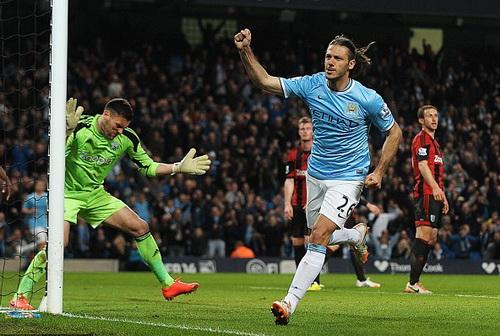 Người Argentina thứ ba lập công cho Man City