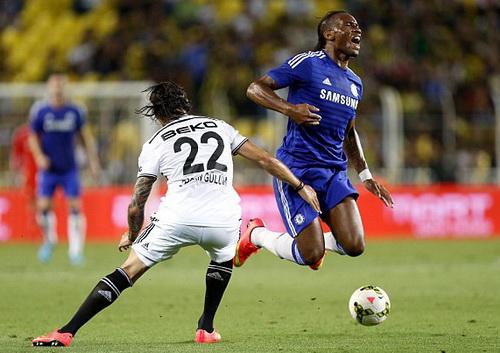Didier Drogba đang tích cực hòa nhập với The Blues
