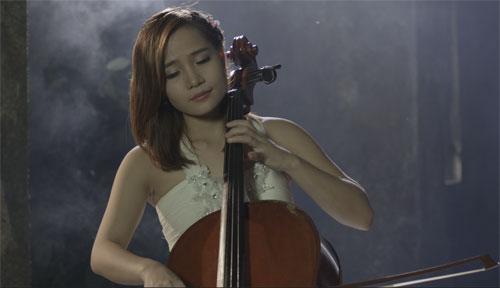 Nghệ sĩ Cello Đinh Hoài Xuân
