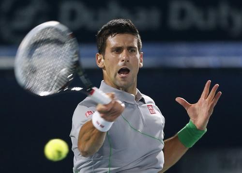 Djokovic thua tâm phục khẩu phục trước đối thủ đàn anh