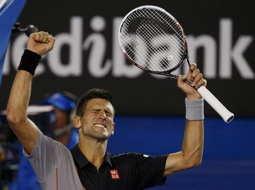 Đương kim vô địch Djokovic thắng trận mở màn