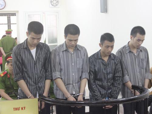 4 bị cáo suýt đoạt mạng học viên Học viện cảnh sát trước vàng móng ngựa