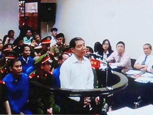 Dương Chí Dũng tại tòa sáng ngày 23-4