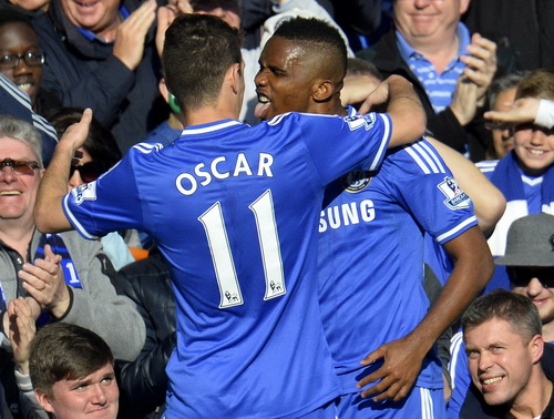 Etoo có bàn thắng thứ 12 trong mùa cho Chelsea