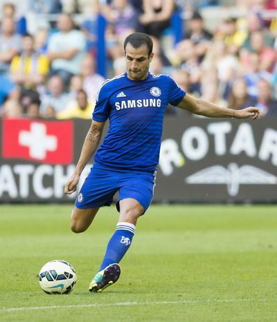 Febregas chơi trọn 90 phút cho The Blues