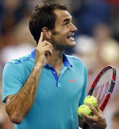 Roger Federer tốc hành vào vòng trong