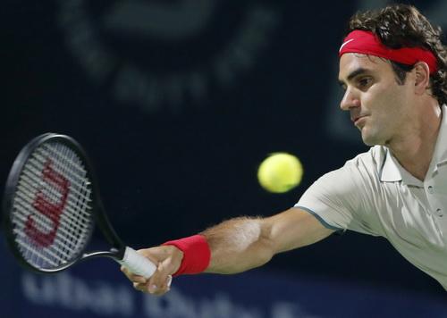 Rosol thua nhanh, Federer chờ đối đầu Djokovic ở bán kết