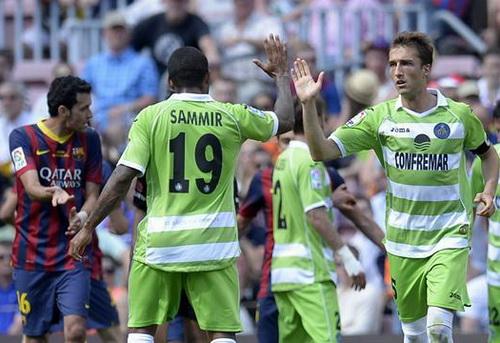 Getafe vui mừng với 1 điểm quý giá trên sân Nou Camp