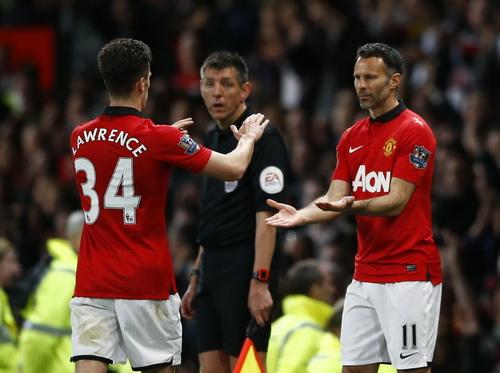 Giggs ra sân thi đấu trận cuối cùng cho M.U