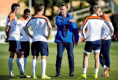 Đội tuyển Hà Lan tại World Cup 2014 là một khối thống nhất dưới quyền của Van Gaal