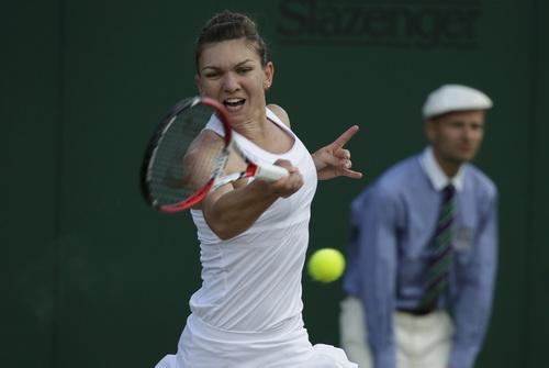 Simona Halep thua trận trước Muguruza