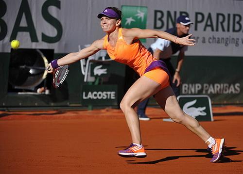... nhưng Halep còn thi đấu xuất sắc hơn, lần đầu vào chung kết Roland Garros