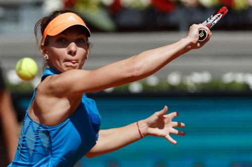 Simona Halep dễ dàng giành quyền đi tiếp vào vòng ba