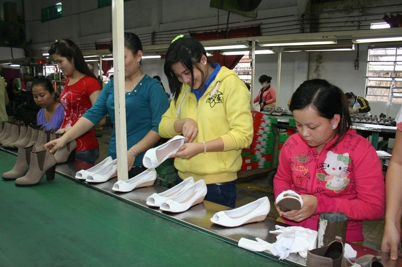 Công nhân phải được đảm bảo quyền lợi BHXH