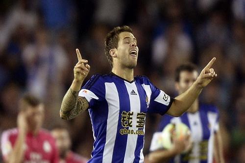 Inigo Martinez ghi bàn cho Sociedad