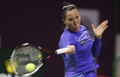 Jelena Jankovic bỏ cuộc vì chấn thương