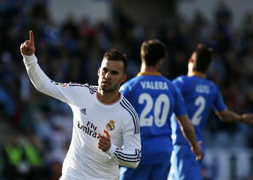 Jese mừng bàn thắng sớm cho Real Madrid