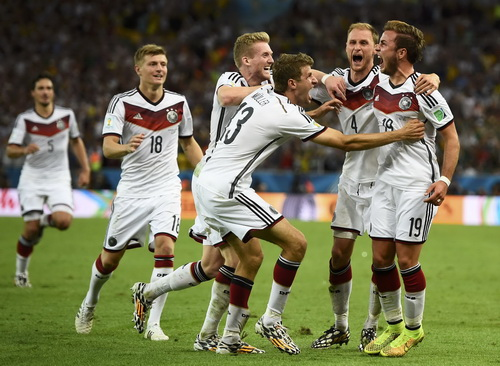 Mario Goetze (19) ghi bàn duy nhất ở trận chung kết, đưa tuyển Đức đến ngôi vô địch World Cup 2014